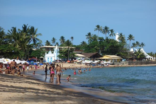 Busy sunday at Praia do Forte